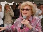 Dr. Ruth Gives Advice on Alzheimer's Caregiving