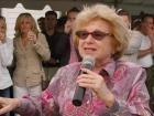 Dr. Ruth Gives Advice on Alzheimer's Caregiving