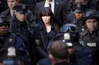 SALT : BANDE-ANNONCE 2 HD VF - Angelina Jolie...